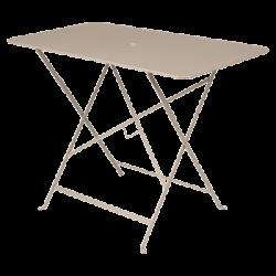 Wetterfester Tisch Bistro in 97cm x 57cm von Fermob in Muskat
