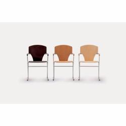 Stapelbarer Stuhl EGOA von...