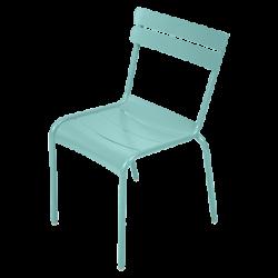 Stapelbarer Stuhl Luxembourg aus Aluminium von Fermob in Laguneblau