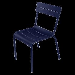 Stapelbarer Stuhl Luxembourg aus Aluminium von Fermob in Abyssblau