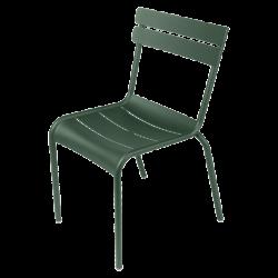 Stapelbarer Stuhl Luxembourg aus Aluminium von Fermob in Zederngrün