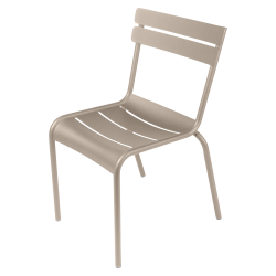 Stapelbarer Stuhl Luxembourg aus Aluminium von Fermob in Muskat