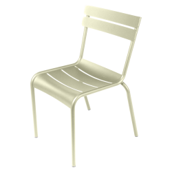 Stapelbarer Stuhl Luxembourg aus Aluminium von Fermob in Lindgrün